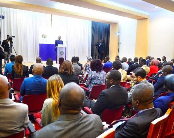 A la conférence de presse animée par Ike Ngouoni Aila Oyouomi
