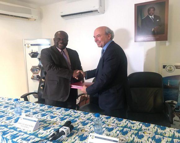 Echange de documents entre l'OPRAG et la SFM Africa