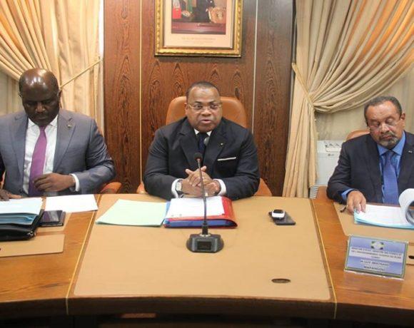 Le gouvernement en conseil interministériel
