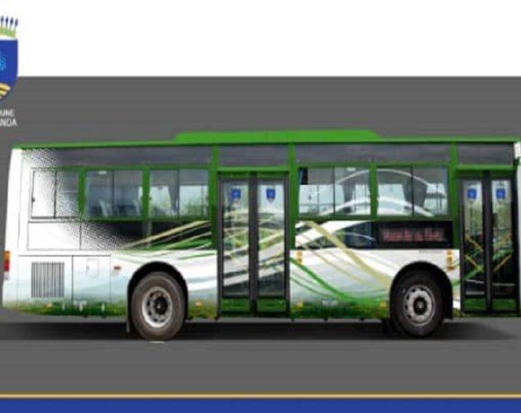 Des bus pour Akanda