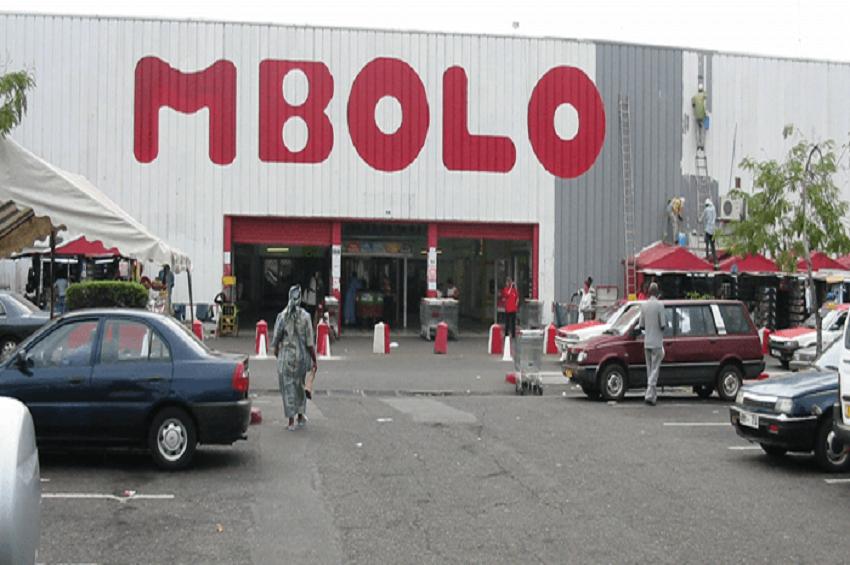 Le centre commercial Mbolo