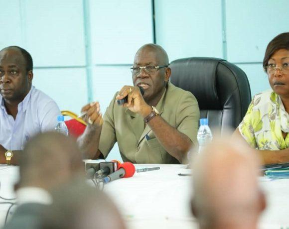 Rencontre entre le ministre de l'Education nationale et les acteurs du secteur