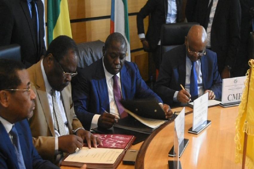 Signature de la Convention de l'Unification