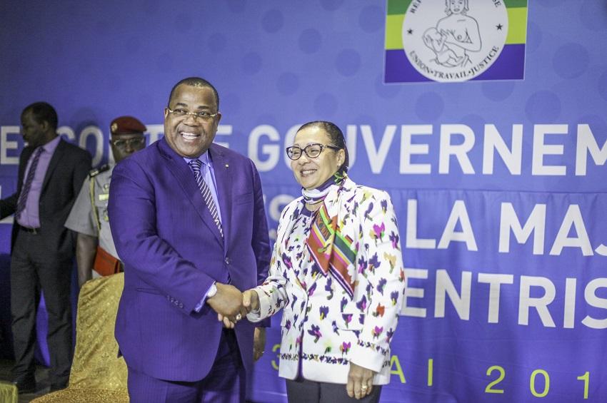 Le Premier ministre gabonais avec la présidente du Sénat