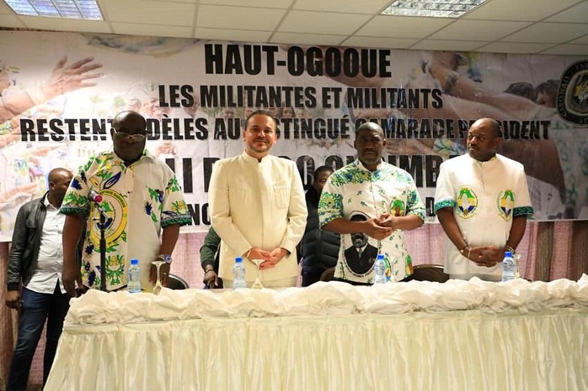 Brice Laccruche Alihanga et les autres membres du PDG à Franceville