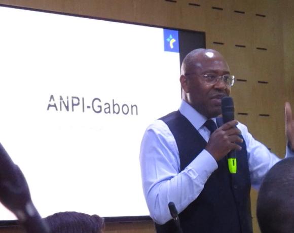Jean-Fidèle Otandault à l'ANPI Gabon