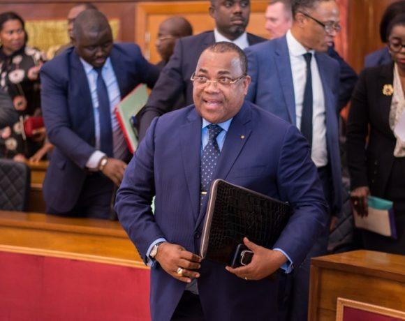 Les membres du gouvernement à l'Assemblée nationale