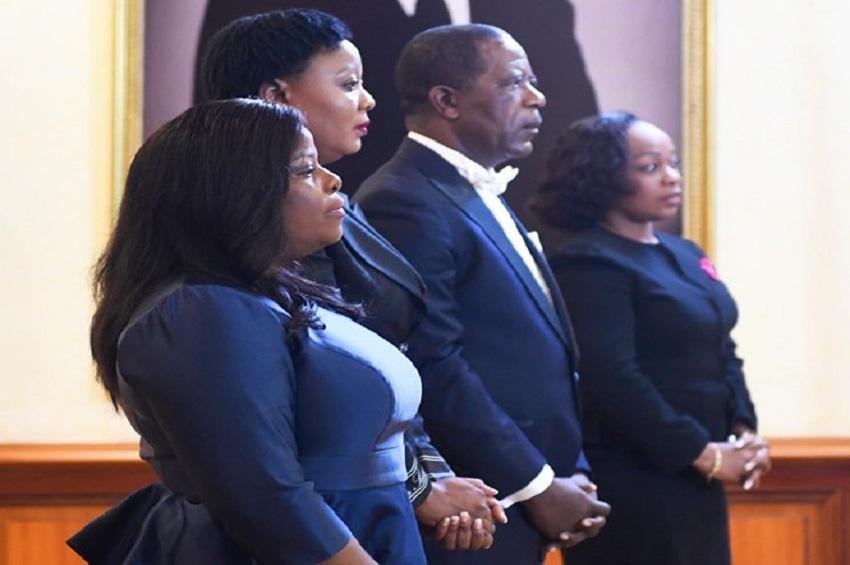 Les nouveaux promus ont pris fonction au cours d'une cérémonie de prestation de serment présidée ce jeudi au palais du bord de mer de Libreville par Ali Bongo Ondimba.